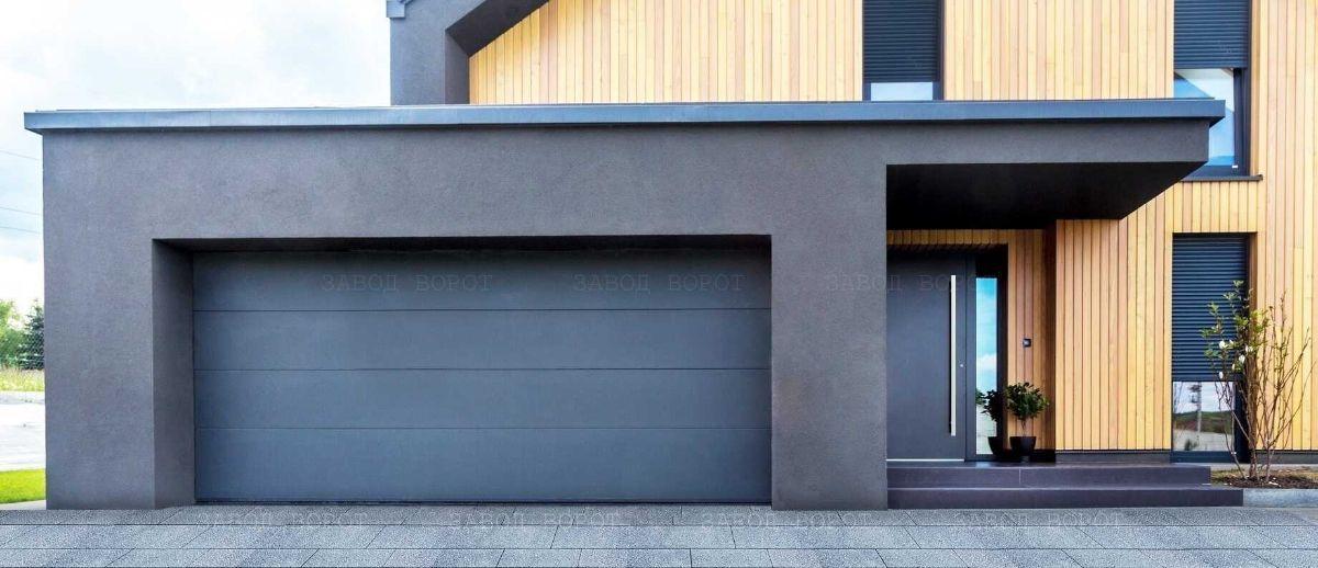 гаражные секционные ворота и входные алюминиевые двери для частного дома