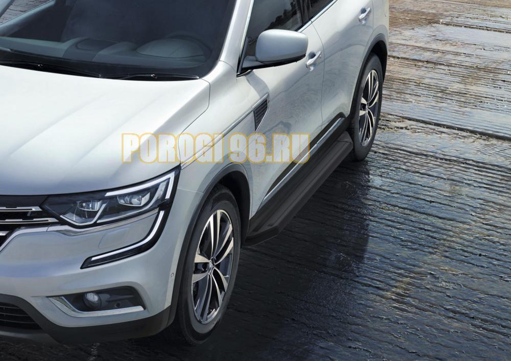 Пороги на Audi Q3 черные