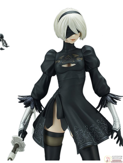 Фигурка YoRHa No. 2 Type B, Pod 042 (DX Edition)
