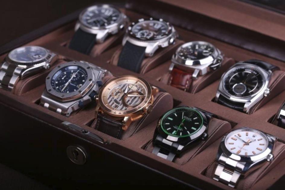 Швейцарские в элитные ломбарде часы мужские стоимость час няни услуги за