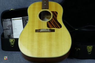 Gibson J-35 Antique Natural