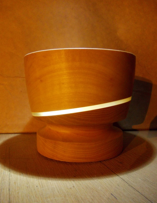Мастерская в деревне Великая Кракотка занимается также и изготовлением деревянной посуды