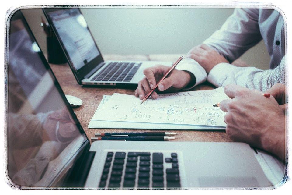 Помощь на экзамене online специалист сотрудник организации задачей которого является решения