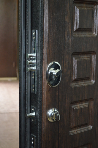 стальная дверь юг 6