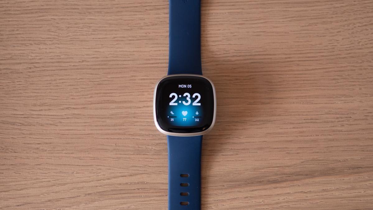 Обзор Fitbit Versa 3: мощное сочетание отличной батареи и возможностей