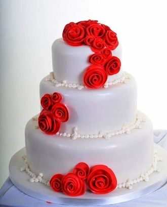 Бело красные свадебные торты фото