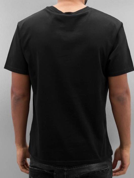 3209a0a07aa Футболки известных брендов мужские серии одежды