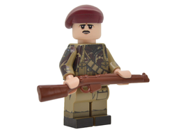 WW2 BRITISH AIRBORNE PARATROOPER