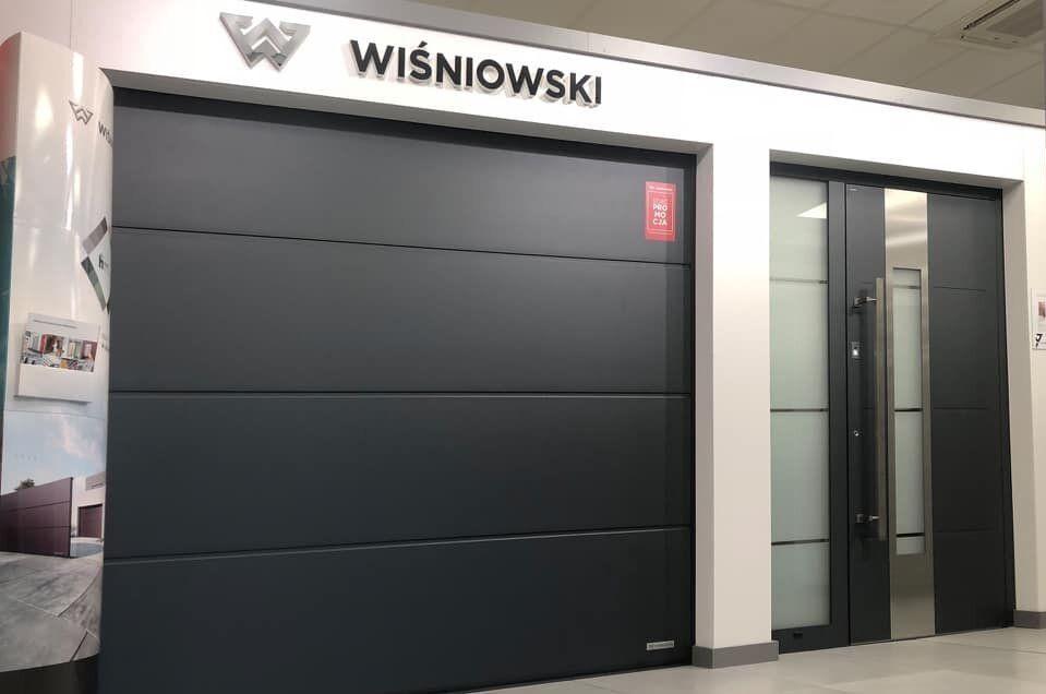 roletni-garagni-vorota-lviv-avtomatichni-salon-vorit