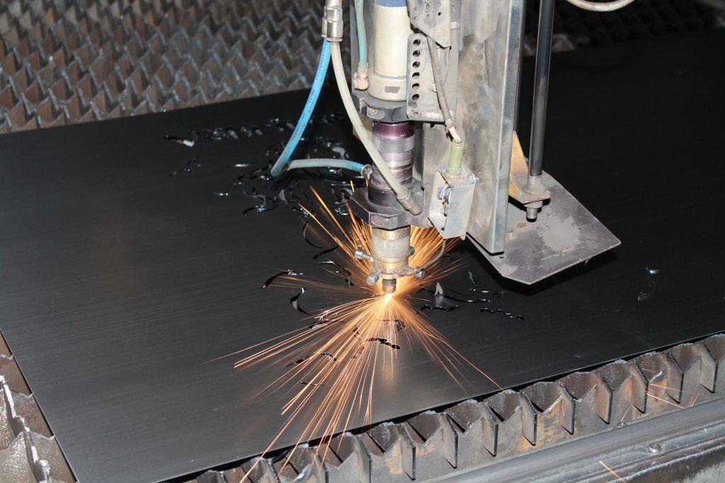 Лазерная резка стали на заводе «Ферингер и К»