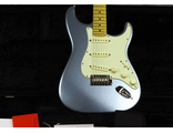 2014 Fender American Deluxe Strat Plus MN Mystic Ice Blue