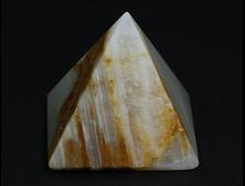 Пирамида Оникс мраморный, Пакистан (39*38*38 мм, вес: 57 г) №20680