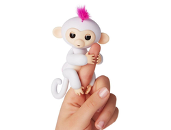 FINGERLINGS Интерактивная обезьянка СОФИЯ (белая), 12 см