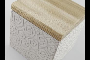 Гравировка на бетоне штробление розеток в бетоне цена в москве