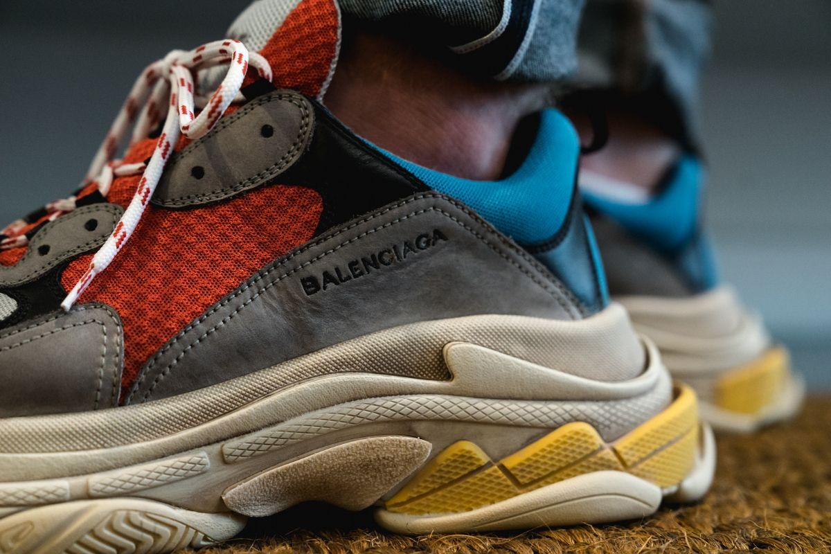 f494cb6c Покупая Balenciaga Triple S, вы хотите быть уверенными, что приобретаете  оригинальную обувь знаменитого бренда.